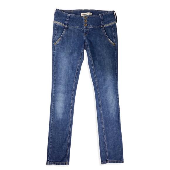 Zara Trf Denim Three Button Low Rise Skinny Jeans